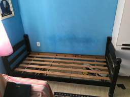 Cama madeira maciça
