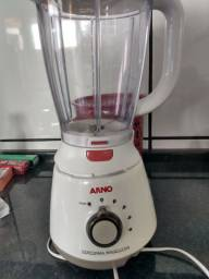 Liquidificador Arno 220 voltz top de linha
