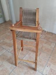 Cadeira infantil de alimentação para mesa