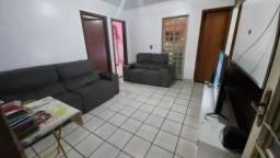 Vendo casa em ótima quadra no Recanto das Emas