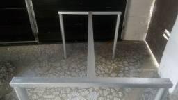 Mesa  de vidro para 6 cadeira