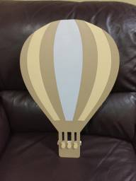 Luminária em LED de parede Balão MDF