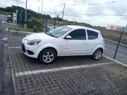 Vendo lindo ford ka 2013 zap *