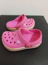 Crocs 17/18 - $ 40,00