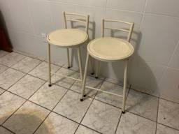 Par de cadeiras altas