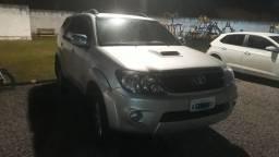 Toyota Hilux SW4 SRV4x4 2008 Diesel Prata