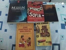 Livros de cunho fantasioso , filosófico e aventureiro