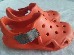 Crocs infantil original tam. 9 (4 anos)