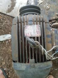 Motor indução trifásico 7.5 cv