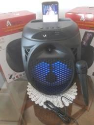 Caixa Amplificada com microfone