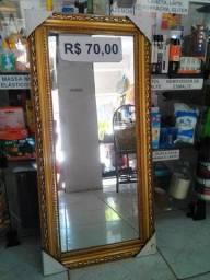 Espelho com moldura novo