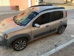 Fiat uno way 2012.  (carro de mulher)