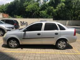 GM Corsa Sedan 1.0 8v 71cv ano 2003 prata