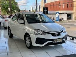 Toyota etios xs sedan aut 2018