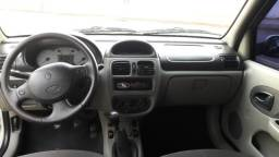Reno Clio Sedan 2004???