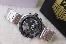 Relogio Modelo com pulseira Personalizada - ja é Vedado - Detalhes incríveis!