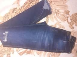 Vendo calça jeans com Lycra de joelho rasgadoTam:38