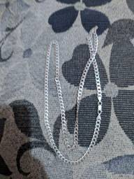 Corrente de prata escama de peixe novinha