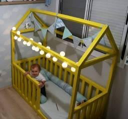 Mini cama montessoriana 350,00 pra levar logo