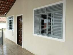 Casa 4 Quartos suite Setor Urias Magalhães 1.050,