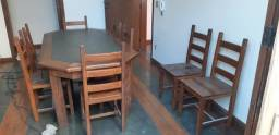 Mesa em sucupira com 8 cadeiras
