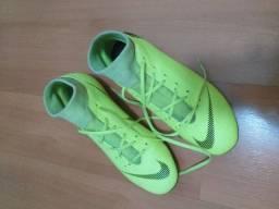 Barbada chuteira Nike só 120,00