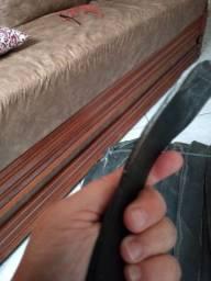 Vendo +/- 30 metros de cinta de borracha para tapeçaria R$ 80,00