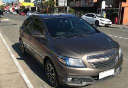 Vendo Chevrolet Onix Hatch 1.4 LTZ 2014