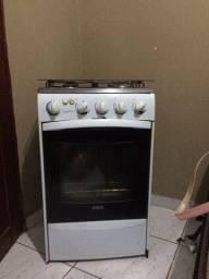 Vende -se fogão usado
