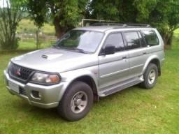 Pajero Sport GLS - 2000