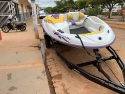 Vendo Jet boat BOMBARDIER, muito novo 2t injetado, com carreta 2020, zera!