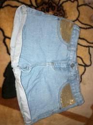 04 Shorts Jeans tam. 10 anos Menina