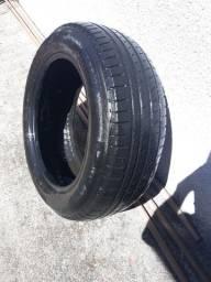 Pneu Pirelli 205/ 60/ R16 (meia vida)