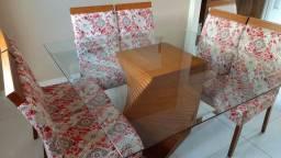 Mesa Quadrada Oito Cadeiras