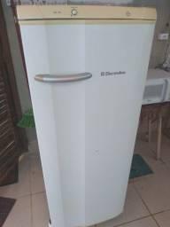 Refrigerador Eletrolux