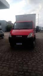 Iveco daily baú 70c16 2011