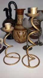 castiçal em ferro par.25 cm.e 20 cm