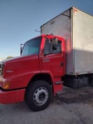 Caminhão 2009 a venda