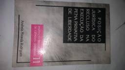 Vendo livro A Posição Jurídica do Recluso na Execução da Pena Privada de Liberdade.