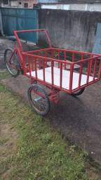 Triciclo semi novo em perfeito estado