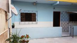 A-lugo casa com 2 quartos no centro de Cobilândia - tratar com proprietária