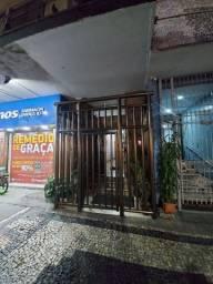 Apto em Copacabana - condomínio incluso