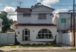 Casa Avenida Getúlio Vargas - Bairro Novo