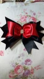 Laços de cabelo Vermelho e preto lindo