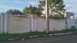 Vendo - No Parque das Mansões, m grande terreno de 12X35 Murado