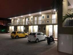 Flats em Condomínio Fechado