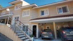 Casa de 3 dormitórios em condomínio no bairro Nonoai - Cód. 714