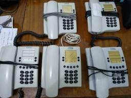 5 aparelhos telefônicos