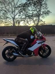 CBR 600 ABS MAIS NOVA DA ILHA! 16.090 KM