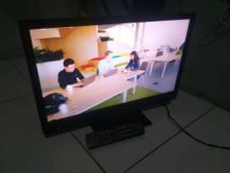 TV Panassonic FULLHD 24polegadas  (nao é Samrt)